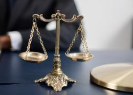 Versicherung suchen - vergleichen - abschliessen! - Firmenrechtsschutzversicherung